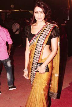 Bipasha Basu @Bipasha Basu in striking #Saree Ensemble -
