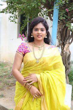 South Indian Actress, Beautiful Indian Actress, Gorgeous Women, Amazing Women, Simply Beautiful, Indian Beauty Saree, Indian Sarees, Bollywood Actress Hot, Saree Dress