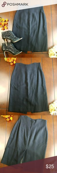 Lavantino 100% Wool High Waist Skirt size 8 Black Let this Lavantino 100% wool skirt be the newest addition in your closet. Available pre-loved with no flaws in size 8. Dry clean only Lavantino Skirts