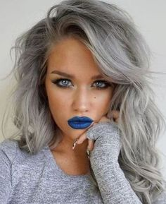 This post contains the best Silver Hair Color Ideas. If you want to dye your hair, you should seriously consider one of this fabulous colors. Hair Dos, Gorgeous Hair, Amazing Hair Color, Pretty Hairstyles, Scene Hairstyles, Hairstyles Haircuts, Wedding Hairstyles, Dyed Hair, Hair Inspiration
