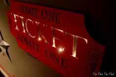 Top This Top That: DIY Ticket Sign