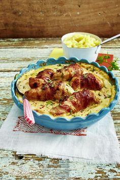 Unser beliebtes Rezept für Putenbrust im Speckmantel in Frischkäse-Soße zu Kartoffelpüree und mehr als 55.000 weitere kostenlose Rezepte auf LECKER.de.
