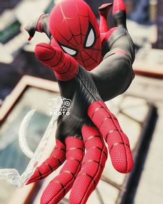 Spider-Man is a fictional superhero created by writer-editor Stan Lee and writer-artist Steve Ditko. He first appeared in the anthology comic book Amazing Fantasy in the Silver Age of Comic Books. Marvel Comics Superheroes, Marvel Characters, Marvel Heroes, Marvel Avengers, Black Spiderman, Spiderman Movie, Amazing Spiderman, Man Wallpaper, Marvel Wallpaper