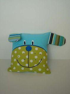 - Kids Pillows - Ideas of Kids Pillows Sewing Projects For Kids, Sewing For Kids, Baby Sewing, Sewing Crafts, Baby Pillows, Kids Pillows, Throw Pillows, Felt Pillow, Fabric Toys