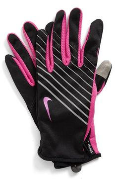 Nike Tech Dri-Fit Running Gloves Love these (mine are pink and green) - Bikini Fitness Run Like A Girl, Just Run, Girls Be Like, Running Wear, Winter Running, Nike Running, Trail Running, Workout Attire, Workout Wear