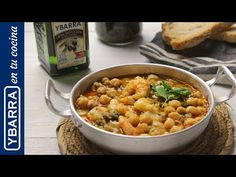 Garbanzos con bacalao y langostinos | Recetas fáciles - YouTube Chana Masala, Macaroni And Cheese, Tasty, Ethnic Recipes, Food, Youtube, Ideas, Cod Fish, Cooking Recipes