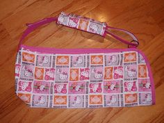 Sling made from Scratch Kids Arm Sling, Sewing Hacks, Sewing Projects, Sewing Ideas, Arm Cast, Sewing For Kids, Sewing Patterns, Personalized Items, Fabric