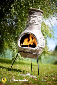 A medium sized clay chimenea with a maple lea motif around the funnel and belly. The chimenea comes complete with steel stand and clay rain lid.Clay chimeneas heat up quickly and hold the heat for a long while so make great patio and garden heaters. Large fires are not needed as they are so efficient.