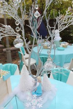Frozen themed centerpiece idea, Frozen kids party table decorations, Kids party rental in Orange Country, Ca. Disney Frozen Party, Frozen Themed Birthday Party, Elsa Birthday, Birthday Party Themes, Frozen Kids, 3rd Birthday, Frozen Party Table, Birthday Ideas, Frozen Party Food