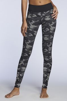 Sport the Nadi Legging for a slimming silhouette.  Nadi Legging - Fabletics