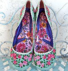 Retro vintage Irregular Choice shoes from by Lifeloveandmusic, $39.00