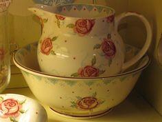 Emma Bridgewater Mary MacCarthy Rose Salad Bowl and Rose & Bee Personalised 6 Pint Jug 2014