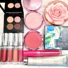 100% Pure gemmed Illumizer highlighter and fruit pigmented blush- natural makeup.