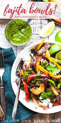 "Steak Fajita Bowls with Chimichurri Sauce is an easy 30 minute meal that gives you that just off the grill flavor before you can say ""where's the charcoal? Steak Recipes, Grilling Recipes, Lunch Recipes, Easy Dinner Recipes, Mexican Food Recipes, Healthy Recipes, Asian Recipes, Easy Recipes, Healthy Food"