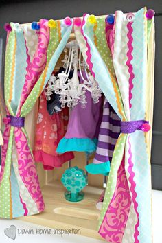 If you have American Girl lovers in your home you know how costly the accessories can be. Keep them all safe and tidy in this DIY American Girl closet.