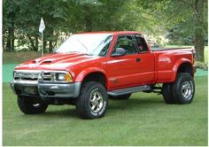 1996 Chevrolet S-10 ZR2 Dually - OMG...I dreamed of doing this....NICE. Update the grill though...that's old.