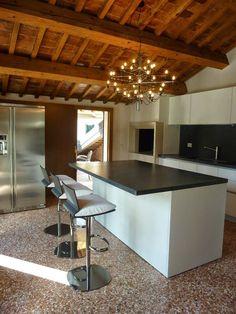 ALBERTO SOZZI       Interior designer: Ristrutturazione cucina
