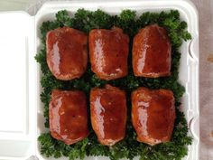 """Previous Pinner wrote: """"Smoked BBQ Chicken Thighs recipe we use for competition barbecue contests. BBQ Rub, Smoked and Sauced for a perfect smoked bbq chicken. Bbq Chicken Thighs, Half Chicken, Chicken Thigh Recipes, Chicken Wings, Grilling Recipes, Fish Recipes, Whole Food Recipes, Cooking Recipes, Smoker Recipes"""