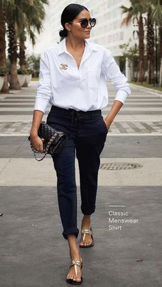 Newest Stylish Spring Outfits Women Ideas To Try This Season In 2020 : Page 17 of 27 : Creative Vision Design - Work Outfits Women Spring Outfits Women, Summer Work Outfits, Simple Work Outfits, Outfit Summer, Mode Outfits, Chic Outfits, Preppy Outfits, Inspired Outfits, Girl Outfits
