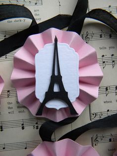 Eiffel Tower Medallion Tags ... set of 6 by LittlePumpkinPapers, $6.00