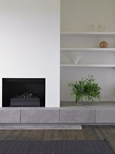 // Courtyard House by Studio Moore. Fireplace Bookshelves, Fireplace Wall, Fireplace Design, Home Living Room, Living Area, Living Room Designs, Living Room Decor, Interior Design Awards, Minimalist Furniture