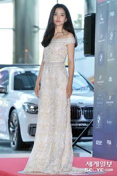 [포토] 김태리, '순백의 여신' :: 네이버 TV연예