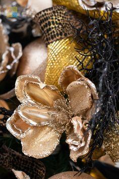 #blackandgold #goldchristmasdecor #blackchristmasdecor #poinsettia #goldpoinsettia #christmas #christmastime #christmasseason #christmasvibes #christmasspirit #christmasdecorating #christmasdecor #christmasdecorations #christmashome #christmasinspiration #christmasinspo #vermeersgardencentre
