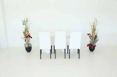 """Tisch """"IKON"""", weiß in Kombination mit den Stühlen """"Nivo"""" in weiß"""