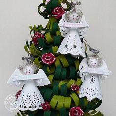 """Anges de Noël en papier découpés avec des Craftables Dies de Marianne Design dont """"Angel with Heart"""" CR1232"""