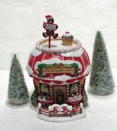 Department 56 North Pole Grandma's bakery 05841 with box series Dept