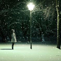#night #light #snow #dark #girl #floorlamp #lamp #tree