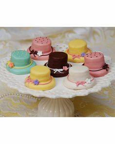 So cute for the church lady tea party! Looks like some Oreos up under there and maybe a vanilla wafer. Whatever it is, I'm down!