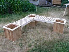 """""""L"""" Shaped Planter Box Bench with planters Small Garden Bench Seat, Built In Garden Seating, Planter Bench, Planter Boxes, Outdoor Projects, Outdoor Decor, Outdoor Benches, Diy Porch, Wooden Planters"""