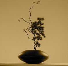 In ikebana, the Japanese art of flower arranging, less is often more.  Jiu jitsu is the same.  You need just enough strength to move yourself.  Just enough confidence to maintain your posture and position.  And just enough instruction to assist in understanding.  Too many words can obscure the truth, rather than reveal it.  See the shape of a technique.  And the space around it.