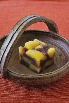 割れ栗蒸し羊羹 (Steamed Chestnut Jelly Sweet)