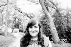 : aidy bryant-I love her on SNL Snl Cast Members, Aidy Bryant, Seth Meyers, Girl Crushes, Love Her, It Cast, Lost, In This Moment, Long Hair Styles