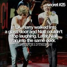 Find images and videos about funny, one direction and lol on We Heart It - the app to get lost in what you love. One Direction Memes, One Direction Pictures, I Love One Direction, 1d Quotes, James Horan, Funny Memes, Hilarious, Shit Happens, Niall Horan