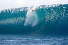 Teahupoo: Bruce Irons is ready to taste the Tahitian reef. Teahupoo is one of the most powerful and deadly waves in the planet for surfing.
