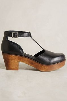 Kelsi Dagger Casablanca Clogs - anthropologie.com #ClogsShoes