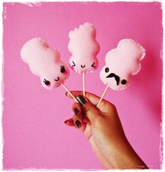 Cute Kawaii Cotton Candy! Bet I could make these!