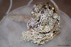Lillys Lace: Brooch Bouquets, Miranda Lambert's new fashion trend!