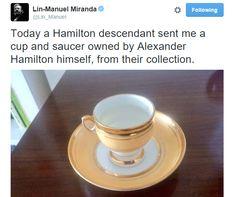 Lin-Manuel Miranda got a teacup owned by Alexander Hamilton. Alexander Hamilton, Aaron Burr, Hamilton Musical, Hamilton Broadway, The Nerd, Hunger, Hamilton Lin Manuel Miranda, Hamilton Fanart, Plus Tv