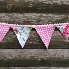 Using fabric scraps & Ric Rac ribbon, this gorgeous bunting can easily be made without reaching for the sewing kit, thanks so xox