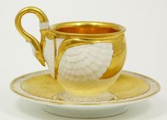 EXQUISITE AND RARE MEISSEN SWAN CUP & SAUCER SET