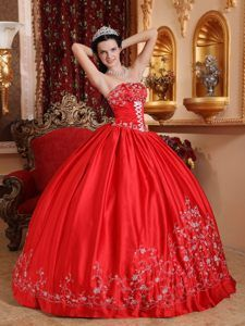 Popular Red Strapless Floor-length Taffeta Embroidery Quinceanera Gowns