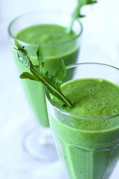 After training proteïne smoothie - Viv Homemade Protein Shakes, Easy Protein Shakes, Protein Shake Recipes, Smoothie Recipes, Easy Smoothies, Weight Loss Smoothies, Raw Food Recipes, Cooking Recipes, Healthy Recipes