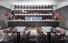 Nijboer - Hotel van der Valk Enschede  #hotel #restaurant #bar #tafel #stoel #interieur