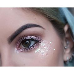 Want to know how to create this pink glitter eye makeup? Head over to my YouTube channel Shadow: @limecrimemakeup Superfoils & Diamond Crusher, Glitter: @maccosmetics Reflects Gold & @festivalface Glitter #glitter #pinkglitter #eyemakeup #glittermakeup #glittereyes #mermaid #unicorn #hudabeauty #limecrime