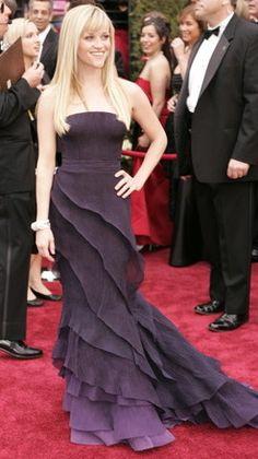 Reese Witherspoon, Academy Awards Olivier Theyskens for Nina Ricci Oscar Gowns, Oscar Dresses, Pretty Dresses, Beautiful Dresses, Award Show Dresses, Oscar Fashion, High Fashion, Celebrity Outfits, Celebrity Closets