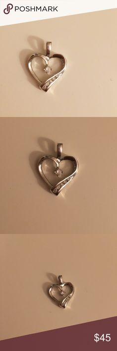 10k White Gold Diamond Heart Necklace Pendant Beautiful 10k White Gold Diamond Heart necklace charm. Chain not included. Jewelry Necklaces